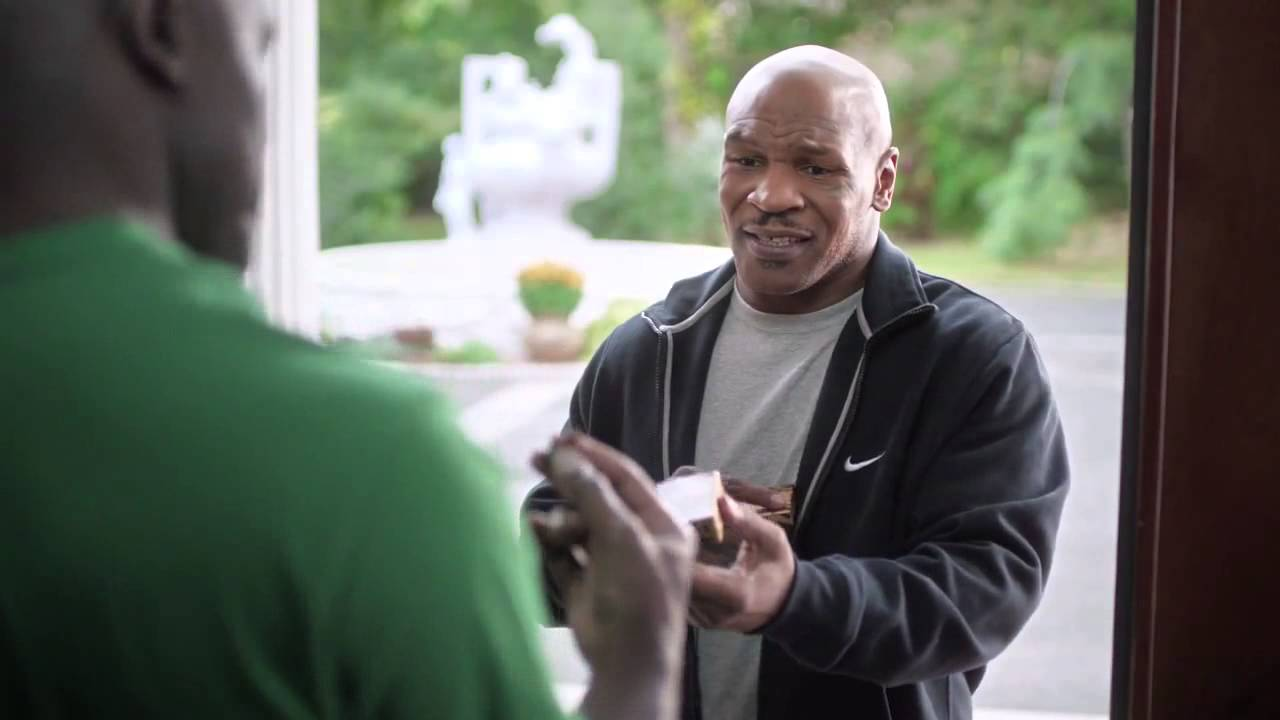 VIDEO: Mike Tyson vrátil Holyfieldovi ucho